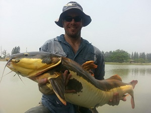 Fishing Catfish Thailand IT Lake Monsters